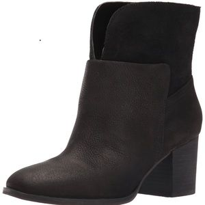 NINE WEST DALE LEATHER BOOTIES